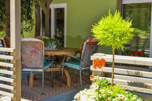 Campsite Sunny Home Soline, Комплексы для отдыха с коттеджами/бунгало  Биоград-на-Мору - big - 24