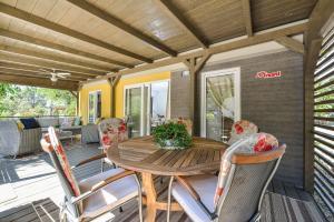 Campsite Sunny Home Soline, Комплексы для отдыха с коттеджами/бунгало  Биоград-на-Мору - big - 48