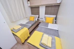 Campsite Sunny Home Soline, Комплексы для отдыха с коттеджами/бунгало  Биоград-на-Мору - big - 50