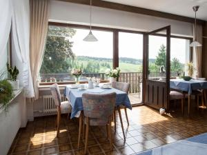 Pension Haus Brieden, Pensionen  Winterberg - big - 43
