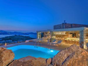 Eirini Luxury Hotel Villas, Villen  Grikos - big - 76