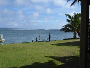 Raro Beach Bach, Holiday homes  Rarotonga - big - 31