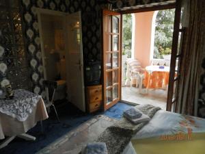 Ilona Kis Kastély Panzió, Guest houses  Keszthely - big - 28
