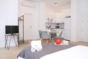 Malaga Center Holidays Cister, Apartmány  Málaga - big - 15