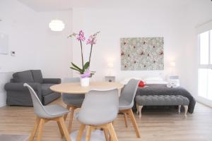 Malaga Center Holidays Cister, Apartmány  Málaga - big - 17