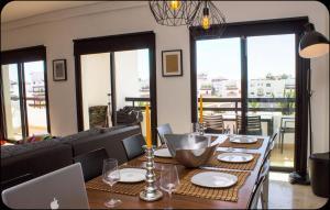 StyleSuite Marina Agadir, Apartmanok  Agadir - big - 19