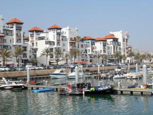 StyleSuite Marina Agadir, Apartmanok  Agadir - big - 32