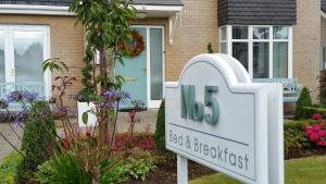 No.5 Bed & Breakfast