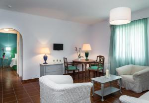 Keri Village & Spa by Zante Plaza (Adults Only), Hotels  Keríon - big - 25