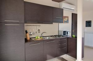 Panoramic Apartments Taormina Mazzarò, Апартаменты  Таормина - big - 4