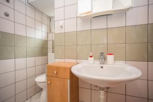Guest House Dada, Affittacamere  Senj - big - 56