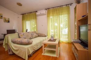Guest House Dada, Affittacamere  Senj - big - 1