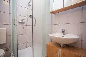 Guest House Dada, Affittacamere  Senj - big - 60