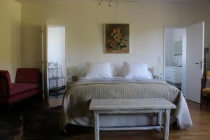 Propriété La Claire, Bed & Breakfasts  Honfleur - big - 22