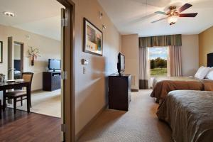 One-Bedroom Suite with Two Queen Beds