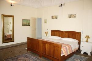 Il Cortegiano, Bed & Breakfasts  Urbino - big - 6