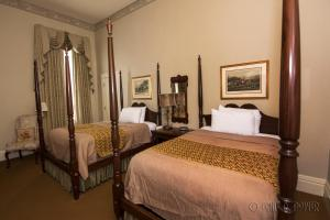 Double Room with Two Double Beds - Hiram R. Revels Room