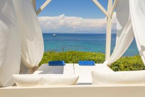 Palms and Spas, Corfu Boutique Apartments (4 of 64)