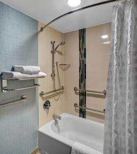 Hyatt Place Charlotte Airport Tyvola Road, Hotely  Charlotte - big - 2