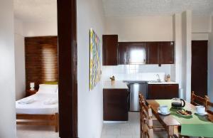 Sun Nicolas, Apartmanhotelek  Káto Daráco - big - 11
