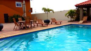 Dorado Eagle Beach Hotel, Апартаменты  Пальм-Бич - big - 37