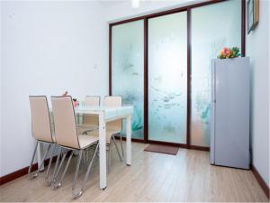 Qingdao Golden Beach Sihaiju Seaview Apartment Diwei Garden Branch, Apartments  Huangdao - big - 8