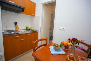 Apartments Ankora, Apartmány  Tučepi - big - 116