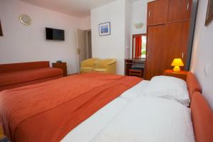 Apartments Ankora, Apartmány  Tučepi - big - 37