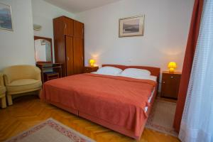 Apartments Ankora, Apartmány  Tučepi - big - 50