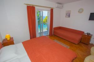 Apartments Ankora, Apartmány  Tučepi - big - 53