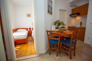 Apartments Ankora, Apartmány  Tučepi - big - 79