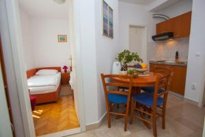Apartments Ankora, Apartmány  Tučepi - big - 80