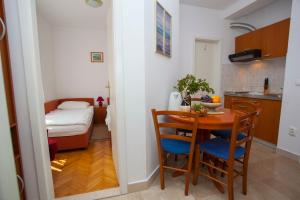 Apartments Ankora, Apartmány  Tučepi - big - 81