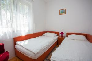 Apartments Ankora, Apartmány  Tučepi - big - 89