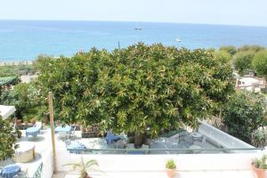 Hotel Maronti, Hotely  Ischia - big - 39