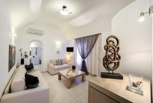 Dream Island Hotel (Fira)