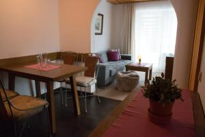 Apartments Ausfernerhof, Apartmanok  Ehrwald - big - 42