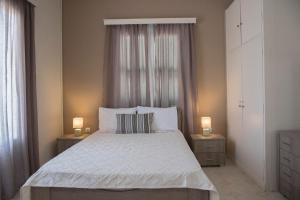 Gialova Rooms Konstantina
