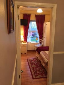 Bolands B&B, Bed and Breakfasts  Dingle - big - 21