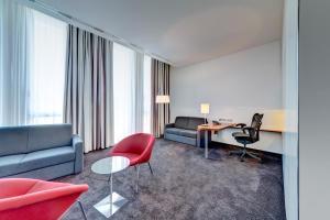 Hilton Garden Inn Stuttgart NeckarPark, Hotely  Štutgart - big - 27
