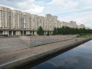 Cozy Flat next to Primorskaya, Apartmány  Petrohrad - big - 18