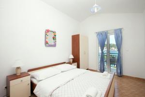 Villa Stana, Appartamenti  Vinišće - big - 44