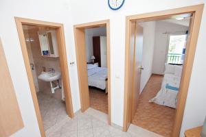 Villa Stana, Appartamenti  Vinišće - big - 27