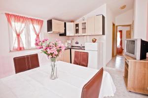Villa Stana, Appartamenti  Vinišće - big - 49