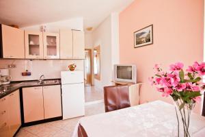 Villa Stana, Appartamenti  Vinišće - big - 47