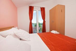 Villa Stana, Appartamenti  Vinišće - big - 45