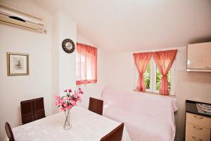 Villa Stana, Appartamenti  Vinišće - big - 43