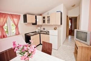 Villa Stana, Appartamenti  Vinišće - big - 35
