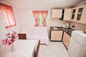 Villa Stana, Appartamenti  Vinišće - big - 34