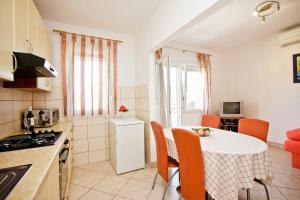 Villa Stana, Appartamenti  Vinišće - big - 13